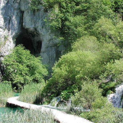 Eingang zur Schatzhöhle